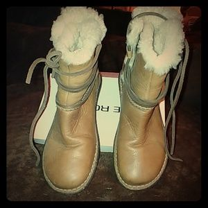 Ugg bboots leather